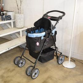 使い勝手良く便利機能が満載の多機能ペットカート。